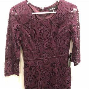 Short LuLu's lace dress with 3/4 sleeves